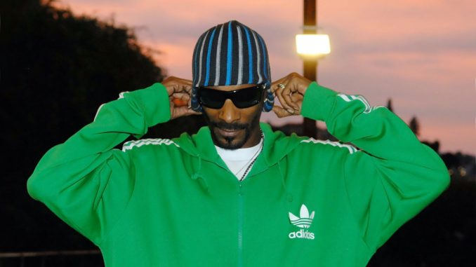 Snoop Dogg Partners With Virtual Blockchain World Sandbox — Rapper Plans to Recreate His Mansion and Drop NFTs