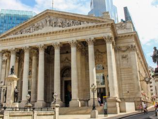 BoE executive calls for urgent regulation of crypto